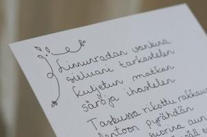 "Esmeralda Vesterisen runo ""Linnunradan vankina"""